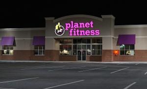 Planet_Fitness,_Revere,_Massachusetts