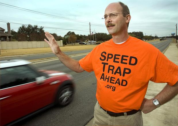 lakeway-resident-fights-against-speed-traps-28894_1