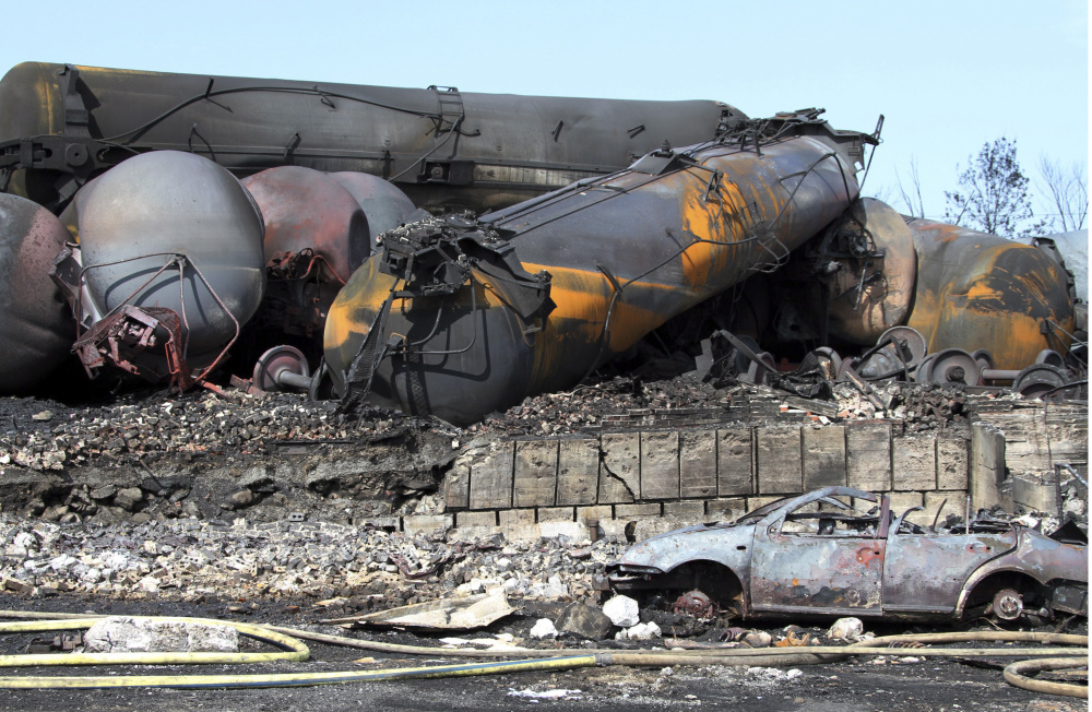 ap_oil_trains-safety.jpg